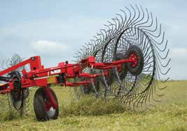 ADJUSTABLE FLOAT SPRINGS on each rake arm let the operator select just the right amount of down pressure for the crop and field conditions.